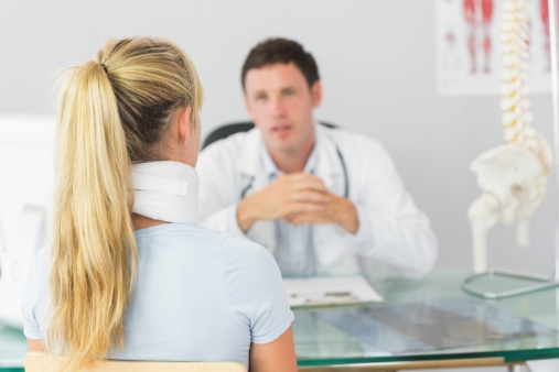 woman with personal injury seeing doctor