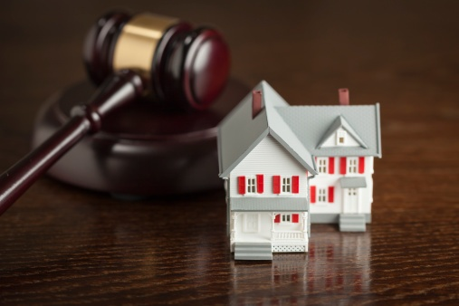 gavel and model house in new jersey foreclosure