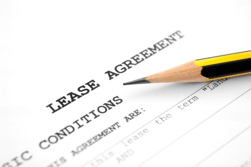 lease_agreement_with_pencil.jpg