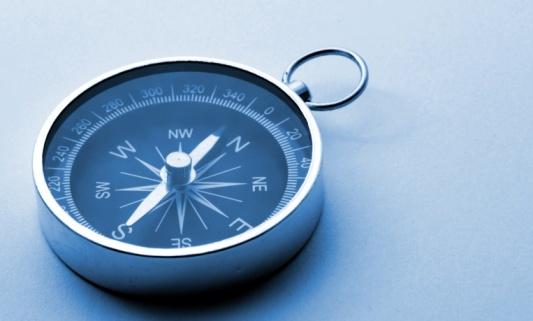 100935978_compass.jpg