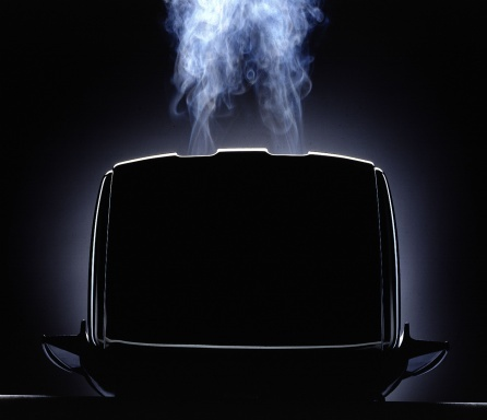 122400441_burning_toaster.jpg