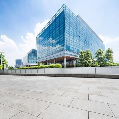 477778164_office building.jpg