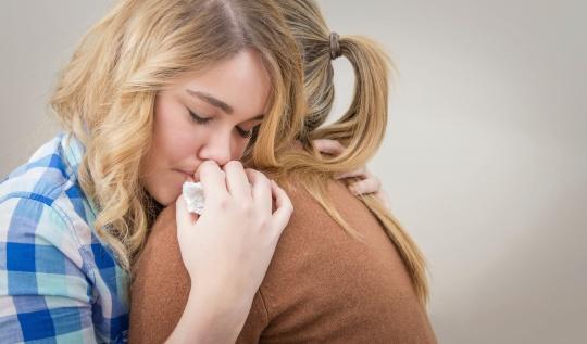 mother_comforting_daughter
